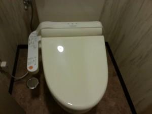 別館トイレ2